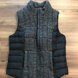 Ruff Hewn womens vest. size M.